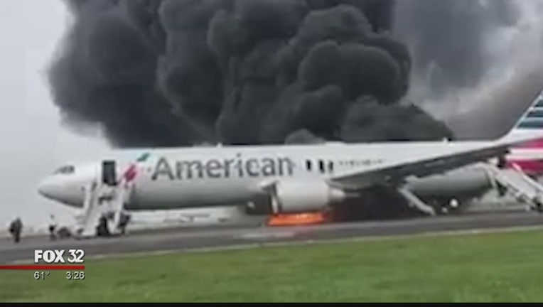 fd425007-american-airlines-flight-burns-ohare_1477687581732-404023-404023.jpg