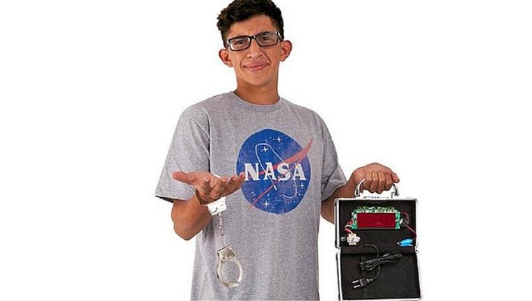 clock-boy-costume_3464823b_1444136523298-409650.jpg