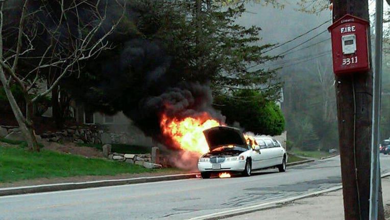 cdf16059-limo-fire_1463255975234.jpg