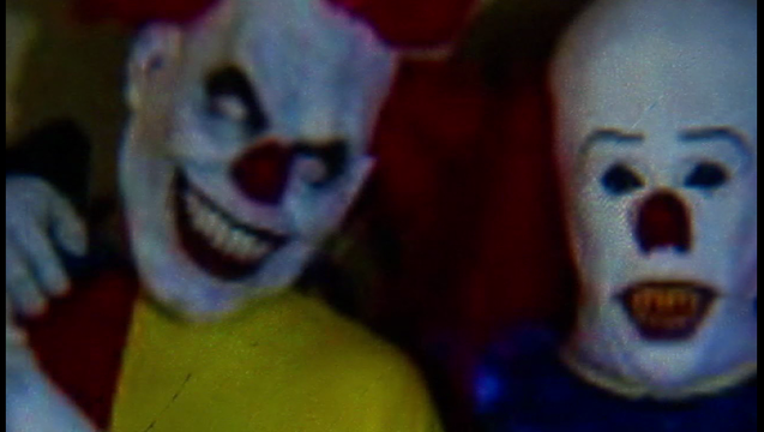 philly clown4_1475461600103-401096.png