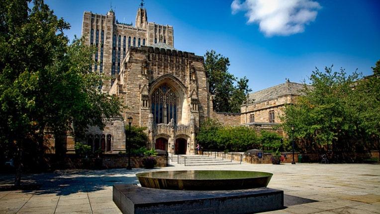 Yale University-401720
