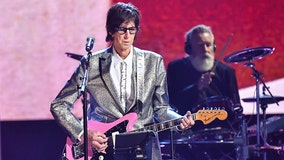 Police: Cars frontman Ric Ocasek found dead in NYC apartment