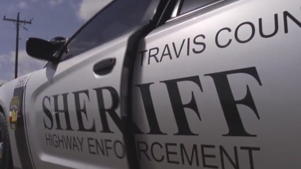 """Teenager """"gunned down"""" in front of Travis County apartment"""