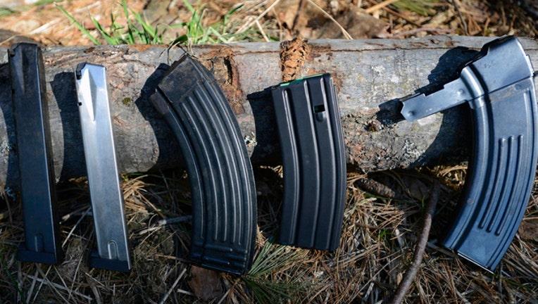 c4d42cfb-GETTY GUN MAGAZINES 090219