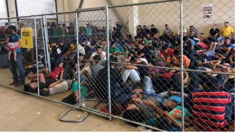 5d174752-Images_show_migrants_pleading_for_help_i_0_20190702214500-400801-400801