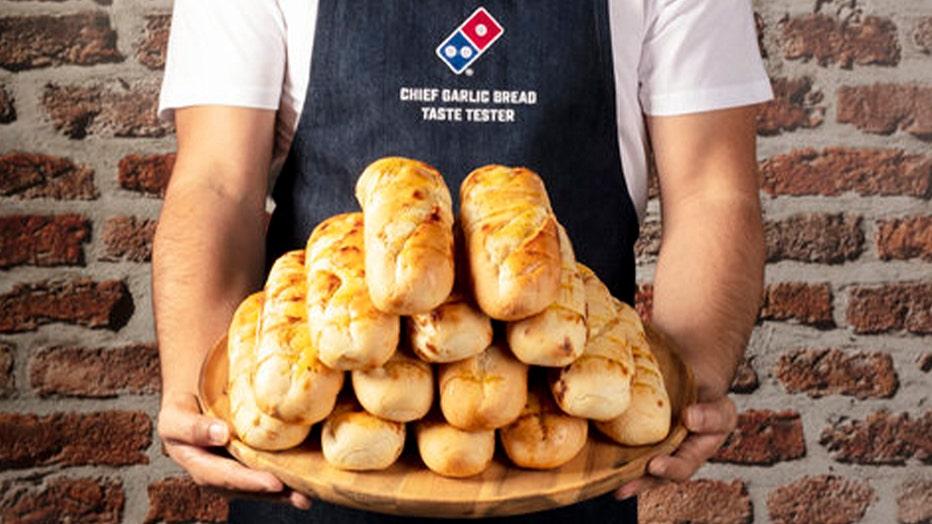 garlic-bread-taste-tester.jpg