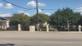 "AISD looking into ""dangerous"" bus stop in South Austin"