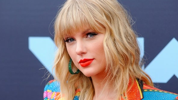 Taylor Swift questions AMAs performance over fight with music group