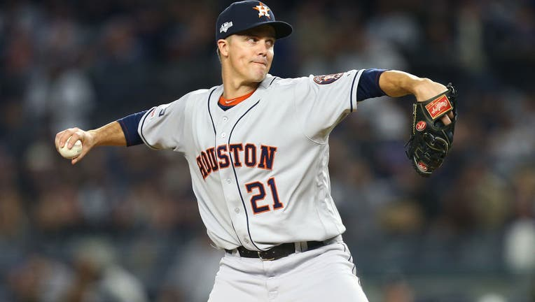 NEW YORK, NEW YORK - OCTOBER 17: Zack Greinke #21 of the Houston Astros in action against the New York Yankees in game four of the American League Championship Series at Yankee Stadium on October 17, 2019 in New York City. Houston Astros defeated the New York Yankees 8-3. (Photo by Mike Stobe/Getty Images)