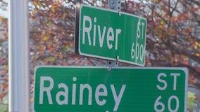 Pilot program to close Rainey Street off to cars kicks off