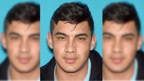 FBI seeking fugitive wanted on federal arrest warrant, offering $5K reward