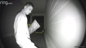 CAUGHT ON CAMERA: Thieves take Christmas decorations from Southeast Austin neighborhood