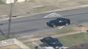 Suspect leads police on high-speed chase through Dallas