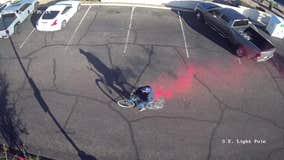 Robbery suspect left trail of pink as he fled from Glendale bank