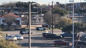 APD, SWAT respond to bomb threat in North Austin