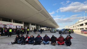 Rep. Rashida Tlaib rides with detained activists to station, following protest at DTW