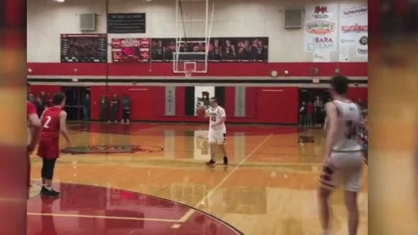 Nothing but net: Bowie HS basketball manager enters game, sinks 3-pointers