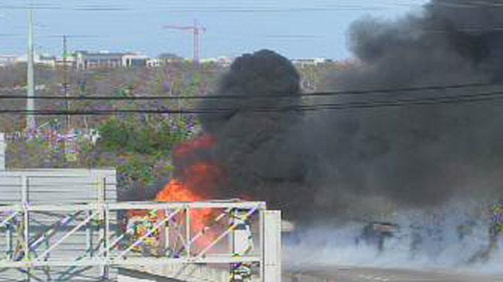 APD: Car fire shuts down upper deck on I-35