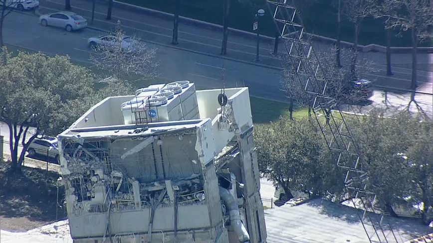Crews use wrecking ball to demolish 'Leaning Tower of Dallas'