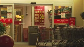 H-E-B 'strongly encourages' customers to continue to wear masks