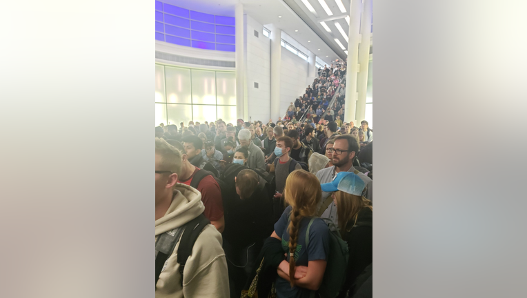 Crowds at O'Hare Airport