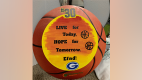 "Georgetown Lady Eagles host ""Hoops for Hope"" community scavenger hunt"