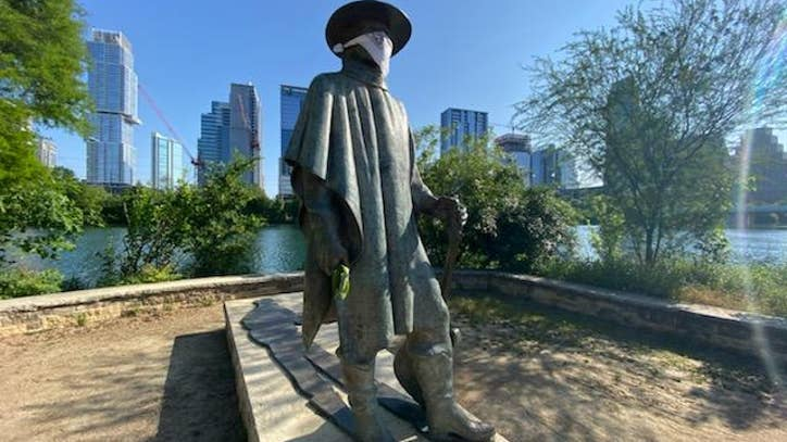 Stevie Ray Vaughan statue has a bandana mask | FOX 7 Austin