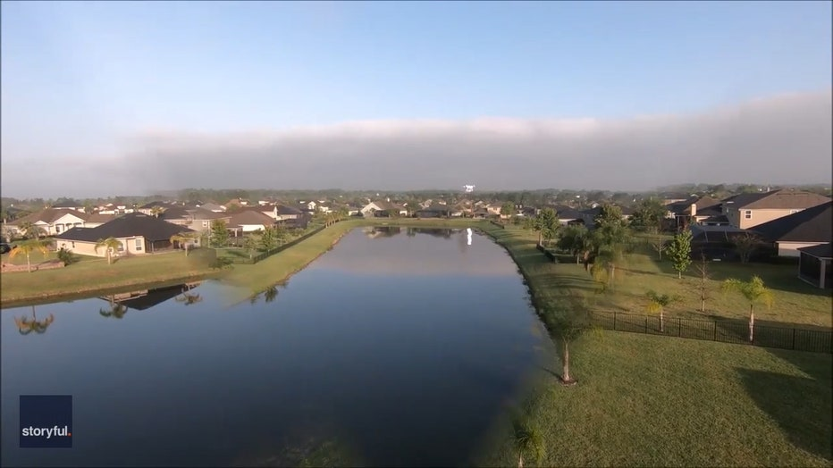 Storyful-233644-Florida_Resident_Delivers_Toilet_Paper_Using_Drone_During_COVID19_Lockdown.00_00_15_13.Still002.jpg