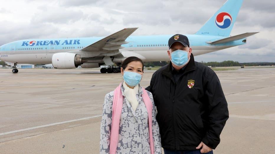 Yumi-and-Hogan-at-BWI.jpg.jpg