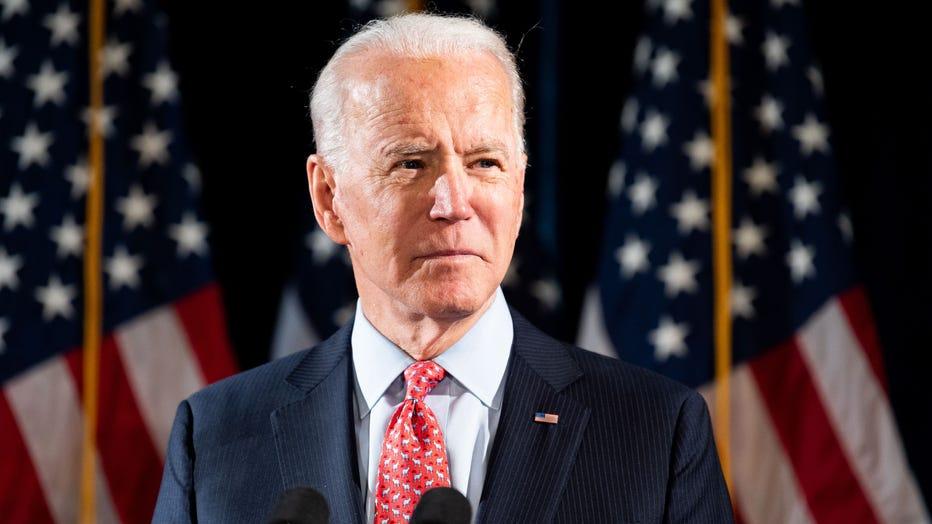 22107b0c-Joe Biden Talks About the Coronavirus in Washington, US