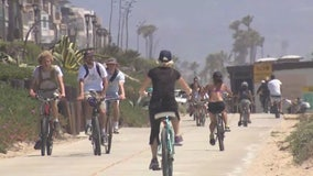 LA beach parking lots reopen in time for holiday