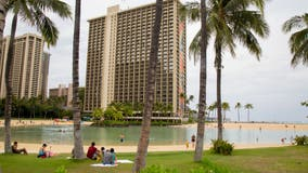 Rogue tourists arrested as Hawaii tries to curb coronavirus spread