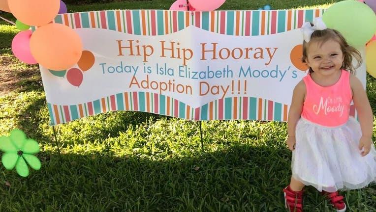 Elizabeth-Moody-Cayela-Moody-Facebook