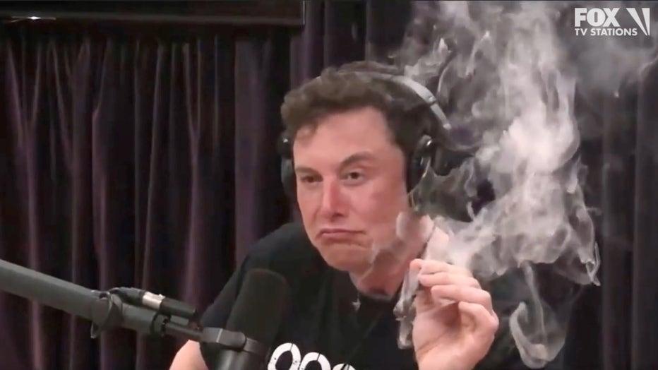 Elon-Musk-smokes-marijuana-while-filming-Joe-Rogan-Experience-podcast.jpg