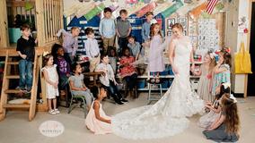 Kindergarten teacher does wedding 'first look' with students in heartwarming photoshoot