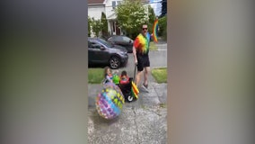 Seattle dads hold mini Pride parade with their kids, neighbors