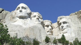 South Dakota gov warns Mount Rushmore won't be targeted: 'Not on my watch'