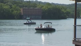Rental boat companies hit especially hard by Travis County Parks closures
