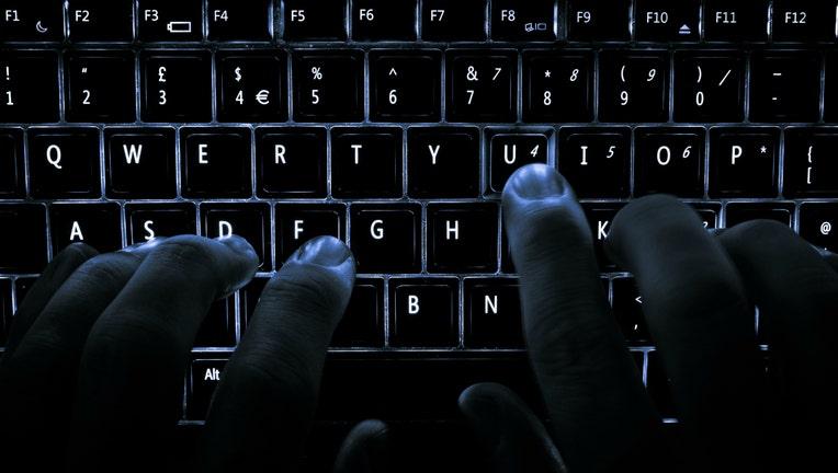 7c5f7c97-typing-keyboard_1458167313619-404023.jpg