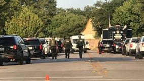 Barricaded suspect who shot 3 Cedar Park police officers surrenders peacefully