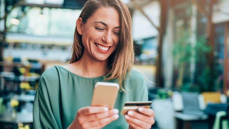 Credible-credit-card-instead-of-debit-iStock-1148143448.jpg