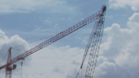 22 injured following collision of two cranes in East Austin