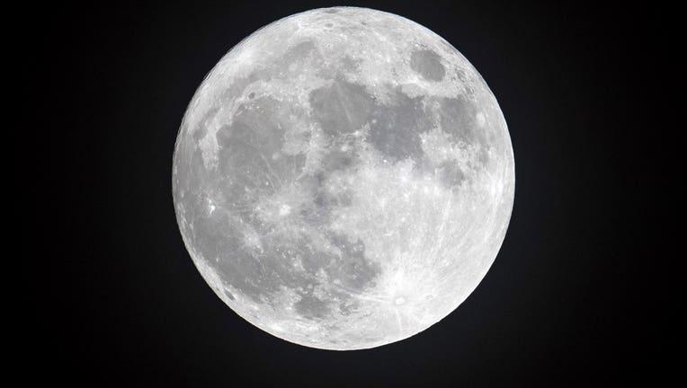 017974ad-moon
