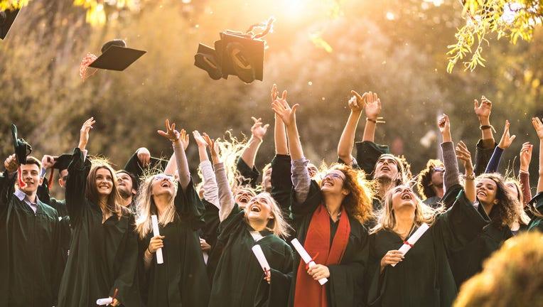 Credible-Personal-finance-tips-college-grads-iStock-1175414396.jpg