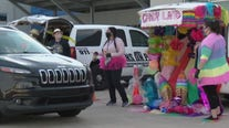 Round Rock Operation Blue Santa hosts drive-thru Trunk or Treat