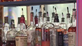 2 Austin-area counties opt in to reopen bars