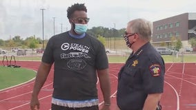 Former NFL lineman Tony Hills helps bridge Buda police to community