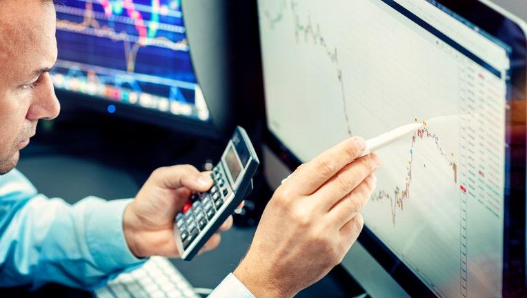9dfdeaa7-Credible-mortgage-refinancing-iStock-1175666449.jpg