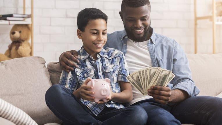 Credible-parents-gen-z-good-credit-iStock-1205978028.jpg