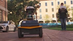 Smart robots travel UT Austin campus delivering free lemonade